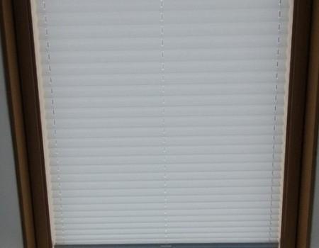 Плиссе на наклонное окно д. Дранишники.